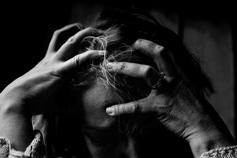 Stress dalam Rumah Tangga (Foto oleh Kat Jayne dari Pexels)