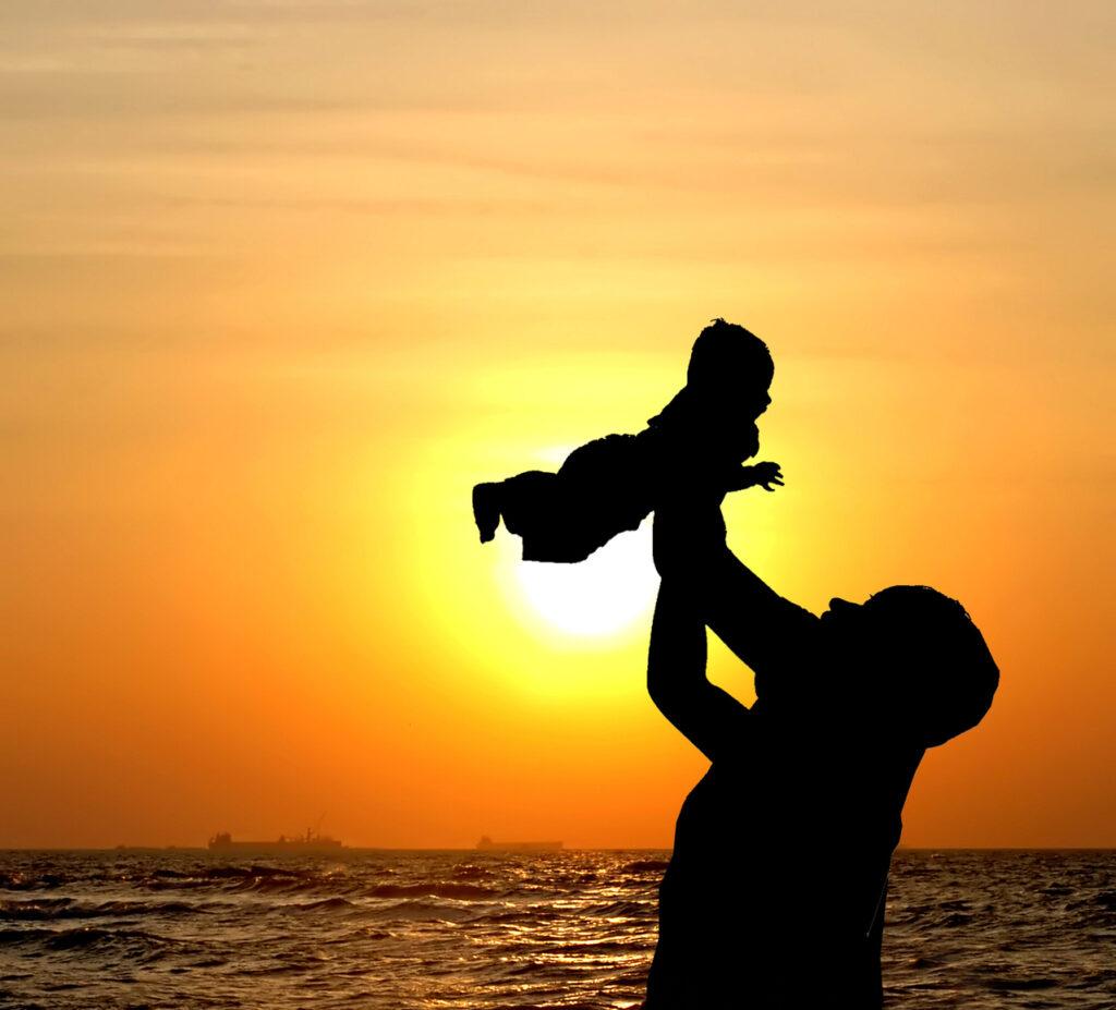 Kasih sayang anak (Foto oleh Vivek Chugh sari FreeImages)