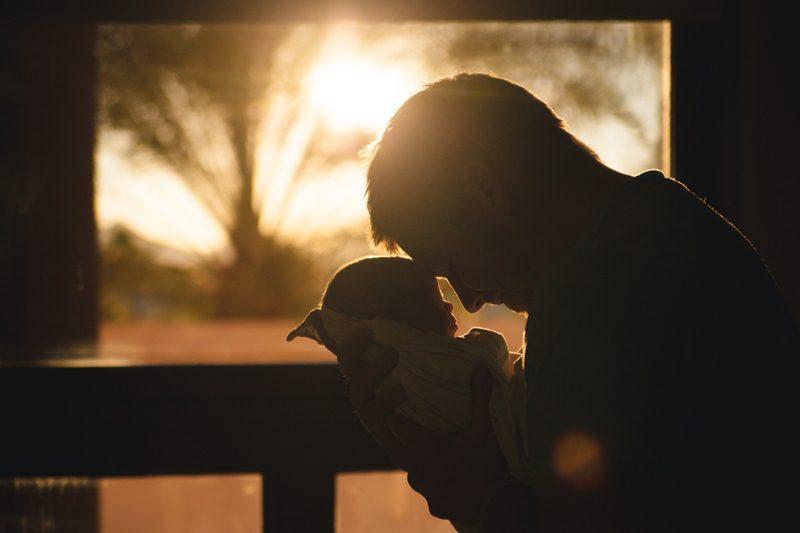 Mengupayakan kelahiran anak lewat bayi tabung (Foto oleh Josh Willink dari Pexels)