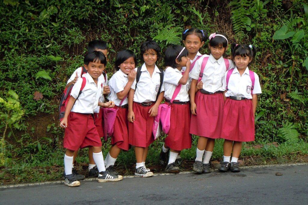 Menyiapkan Dana Pendidikan Anak (Foto Pixabay.com)