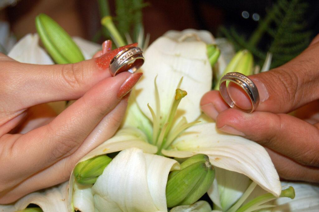 Perlukah membuat perjanjian pranikah? (Foto: Freeimages)