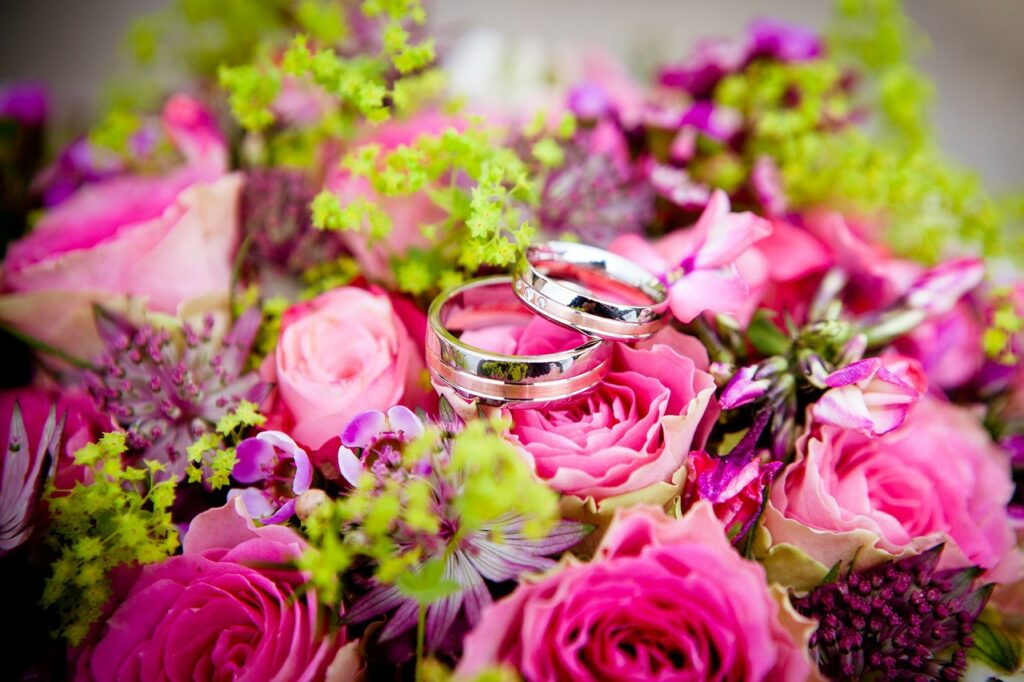 Biaya Pernikahan (Gambar oleh Olessya dari Pixabay)